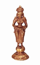 Lakshmi - stehend, Messing, ca. 14 cm