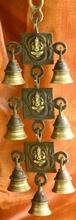 Glockengeläut mit Ganesha