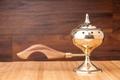 Räuchergefäß aus Messing - Selena mit Holzgriff, groß