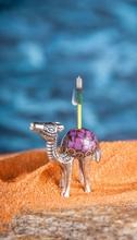 Räucherstäbchenhalter - Kamel, Messing mit Steinen